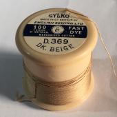 D.369 DK. Beige
